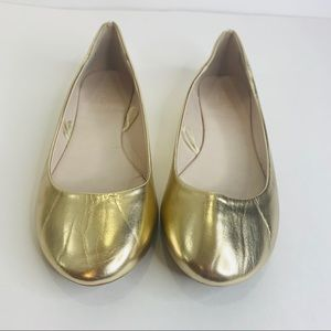 David's Bridal Alyse Gold Slip On Flats Size 9